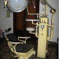 Olf fashioned dentist chair