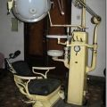 Old fashioned dentist chair